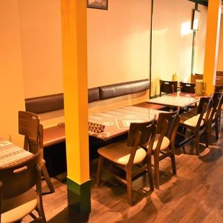 ゆったりとした空間で美味しいお酒とお料理をお楽しみ下さい♪