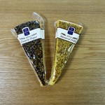 96844787 - Black pepper Affiné(ブラックペッパーチーズ)&Mustard and dill Affiné(マスタードとディールアフィーネチーズ)