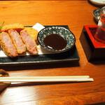 うどん・鍋 鰹さん - 料理写真:雲仙ハムカツ & 冷酒