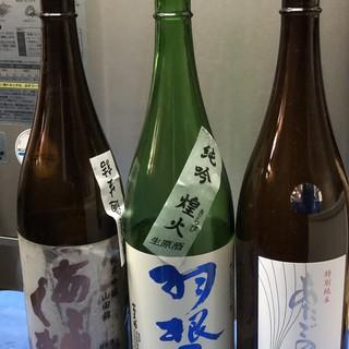 ビールは「赤星」をご用意。そのほか日本酒もご用意しております