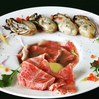 《今月のイチオシメニュー》黒毛和牛と牡蠣のすき焼き