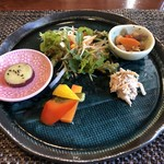 薬膳カフェ ZEN - 前菜盛り合わせ&サラダ