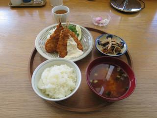 d47食堂 - 長崎定食 松浦港のアジフライ