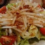 鶏鉄板焼き 鳥司 - サラダ♪