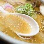 有限会社山頭火らーめん - スープ
