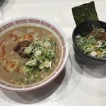 博多拉担麺まるたん - Bセット(700円)らーたんめん ミニ肉味噌ライス