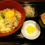 鳥どり - ランチ「とろ玉親子丼(¥800)」