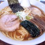 ラハメン ヤマン - らはめん(700円)+大盛り(無料)+ザンネン玉子(50円)
