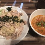 らぁ麺 三軒屋 - もばつけ麺RED+二段盛り+麺2玉+ネギ