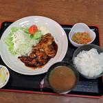 冨士屋食堂 - 料理写真:トンテキ定食