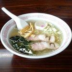 リベリア食堂 - 塩ラーメン(600円)