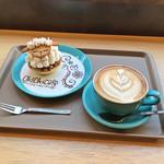 オキ オキ カフェ - ひつじのタルトセット(税込790円)/ ドリンク変更(+税込30円)