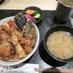 しおや - 料理写真:上天丼2100円