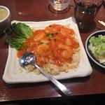胡椒饅頭PAOPAO - エビチリ炒飯950円