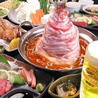 写真映えもバッチリ!肉タワー鍋のご宴会コースもご用意!