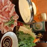 串揚げ ばかたれ家 - コースで一番人気のヘルシー豆乳豚しゃぶ坦々鍋◎