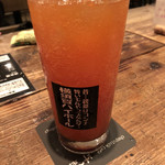 チョップスティックカフェ汁べゑ - ベジハイボールは野菜ジュースのハイボール。こればかり飲んじゃった。