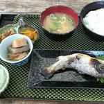 ふる里 まなびや - 料理写真:岩魚塩焼き定食¥900