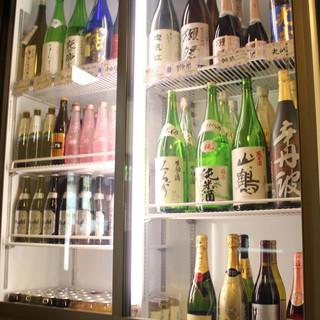 """""""獺祭""""も入荷中!日々お客様の声を第一に仕入れる多彩な日本酒"""