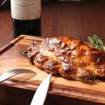 北海道産牛ホホ肉のパイ包み トリュフ風味のソースで