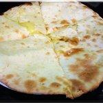 インド&ネパール料理ナマステ - チーズナン