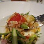 リストランテ・ヒロ OSAKA - 真鯛のカルパッチョの野菜はイタリア米を使ったサラダ仕立て