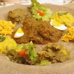 クイーンシーバ エチオピアレストラン - エチオピアシチュー、インジェラ