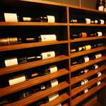 炭焼とワイン 円山すだち - 世界各国、また道産ワインも取り揃えております。