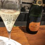 アモローソ - スタートはスパークリングワイン