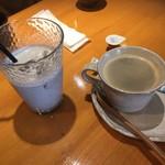 抹茶庵けんしん - 黒胡麻ラテとホットコーヒー