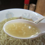 中華そば みのや - 綺麗なスープ