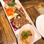 ステーキとワインの肉バル BAROCCS - 前菜