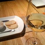 970696 - 白ワインはカラフェでいただきました。
