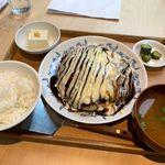鐵板キッチン - 豚玉定食 980円(税別)