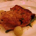 9701861 - ブルターニュ産骨付き鶏モモ肉のグリエスパイス風味