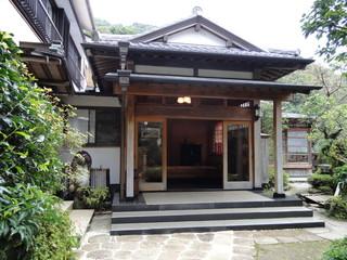 和仲荘 - 旅館ふう