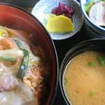 美濃源 - 料理写真:カツ丼
