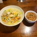 麺や ハレル家 - 五目汁そば塩と台湾肉そぼろ飯