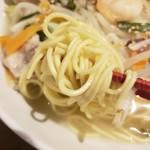 麺や ハレル家 - 麺アップ