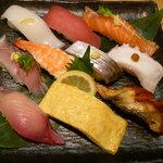 さんきゅう水産 - お昼のサービスセット 赤出汁付き 780円