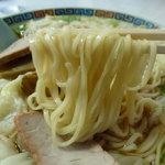 徐州楼 - ワンタンメン(大)(850円)~麺