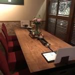鉄板Dining KONOMI - テーブル席~♪