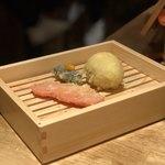 天ぷら酒場KITSUNE - 紅生姜、トリュフ香る半熟味玉子、ウニサンド