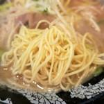 博多一幸舎 - 麺