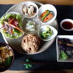 ぷらーと - 料理写真:週替りワンプレート全景