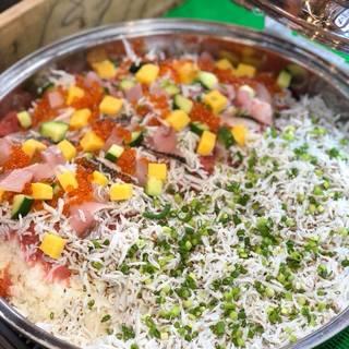 ★〈12月7日〉お店仕込みのチラシ寿司