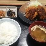 なか屋 - ひれかつ定食(500円)