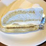カフェ ヴァーチュ - 特濃ミルクケーキ