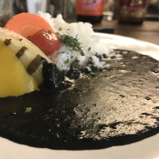 バッボ - イカスミの黒カレー。 美味し。