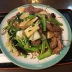 桃林 - 料理写真:牛肉焼きそば800円